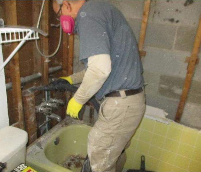 Mold Remediation Undergo at Water-Damaged Bathroom in Rocky River, OH